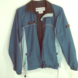 Columbia packable full zipper jacket Sz M